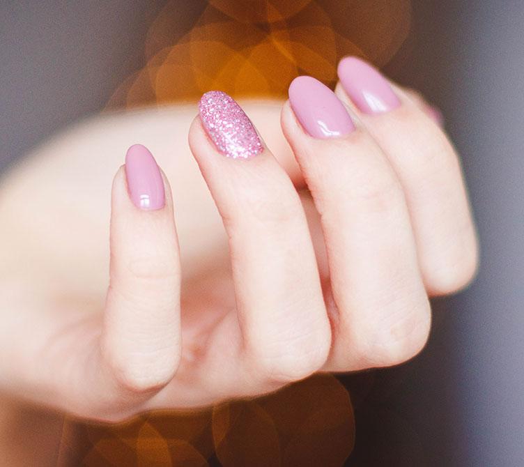 nails unghie